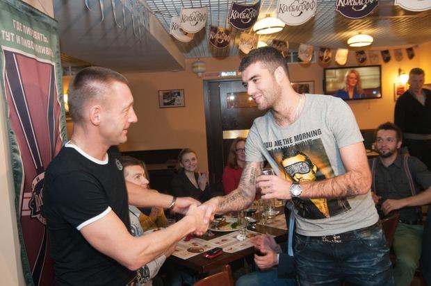 """Андрей Тихонов отпраздновал день рождения в ресторане """"Колбасофф"""". Изображение № 10."""