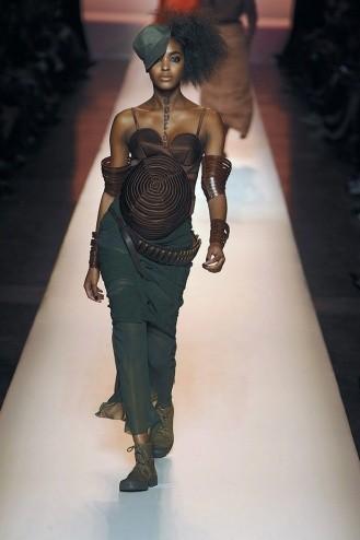 Chanel: Ходячие рекламы. Изображение № 6.