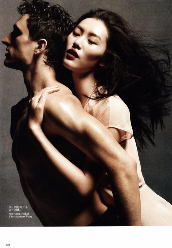 Съёмки: Playing Fashion, Schon, Vogue и другие. Изображение № 54.