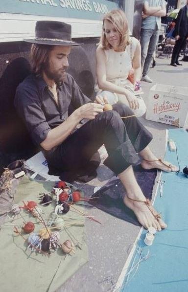 Хиппи-рынок в 70-е. Изображение № 8.
