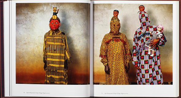 12 альбомов фотографий непривычной Африки. Изображение № 67.
