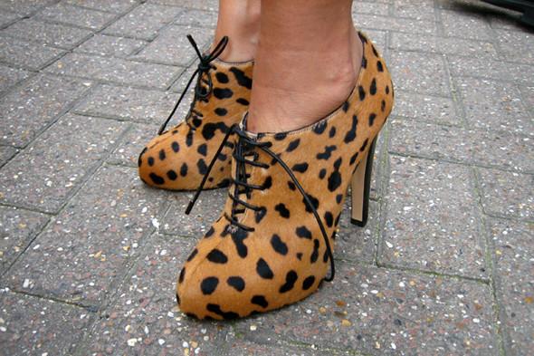 Обувь на неделе моды в Лондоне. Изображение № 1.