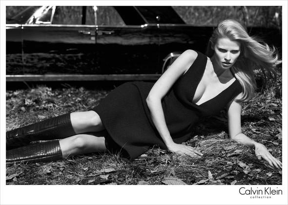 Рекламные кампании Calvin Klein Осень-Зима 2012. Изображение № 6.