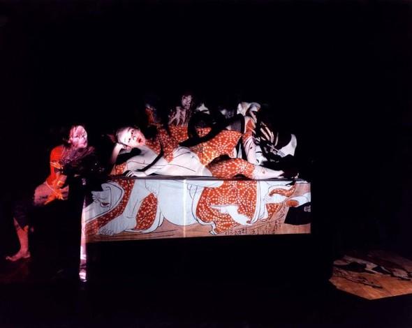 Эйко Хосоэ - фотография, как танец на грани. Изображение № 23.