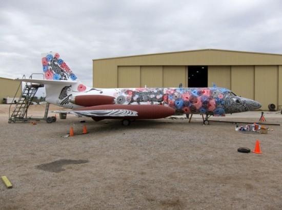 Крупнейший музей авиации раскрасил старые самолеты. Изображение № 4.