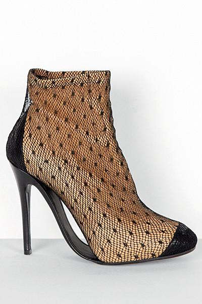 Изображение 50. Лукбуки: Alexander McQueen, Maison Martin Margiela, Versace и другие.. Изображение № 48.