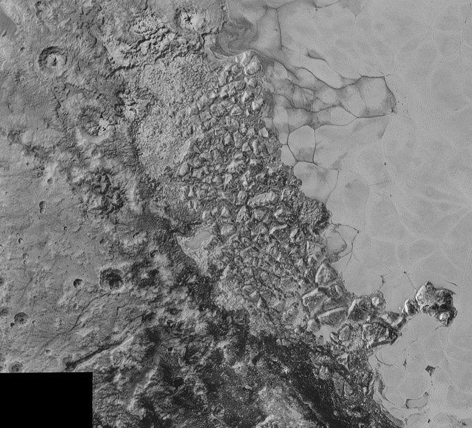 New Horizons передал новые фото Плутона . Изображение № 4.