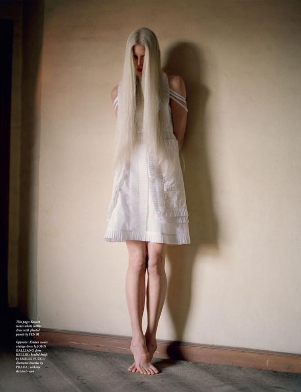 Съёмка: Кристен Макменами в объективе Тима Уокера. Изображение № 4.