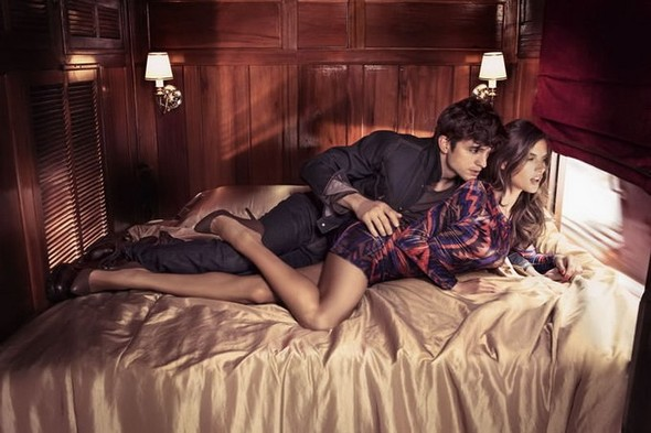 Alessandra Ambrosio и Ashton Kutch для Colcci. Изображение № 13.