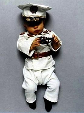 Коллекция костюмов мировых диктаторов для детей. Изображение № 5.