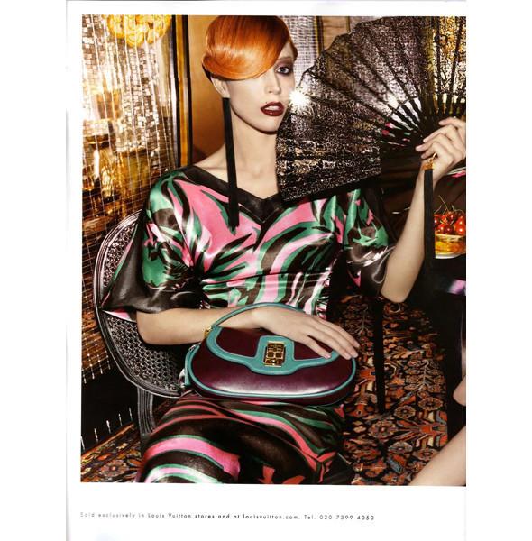 Изображение 9. Превью кампаний: Burberry, Chanel, Gucci и другие.. Изображение № 7.