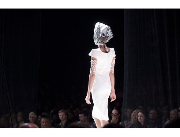 Модный дайджест: Коллаборация Arsenicum и Stern, кинопроекты Джейкобса, Форда и H&M. Изображение № 40.