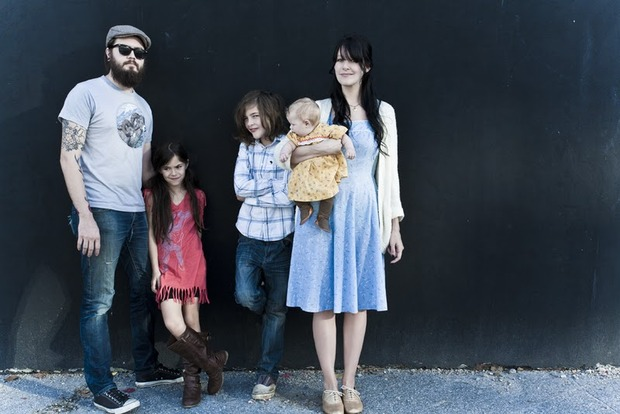 Perfect hipster family.. Изображение №1.