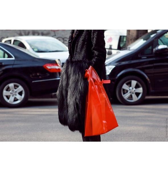 Изображение 40. На полях: 10 тенденций уличного стиля с прошедших недель моды.. Изображение № 40.