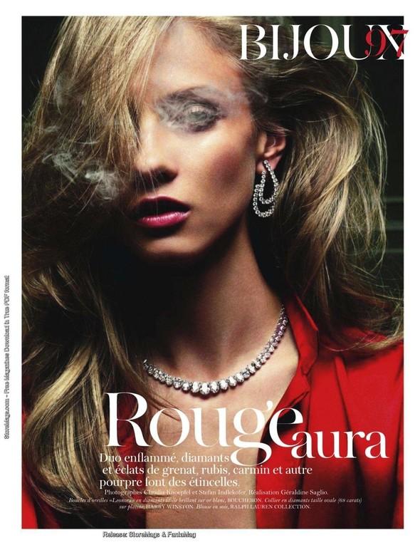 Съёмка: Анна Селезнёва для французского Vogue. Изображение № 1.