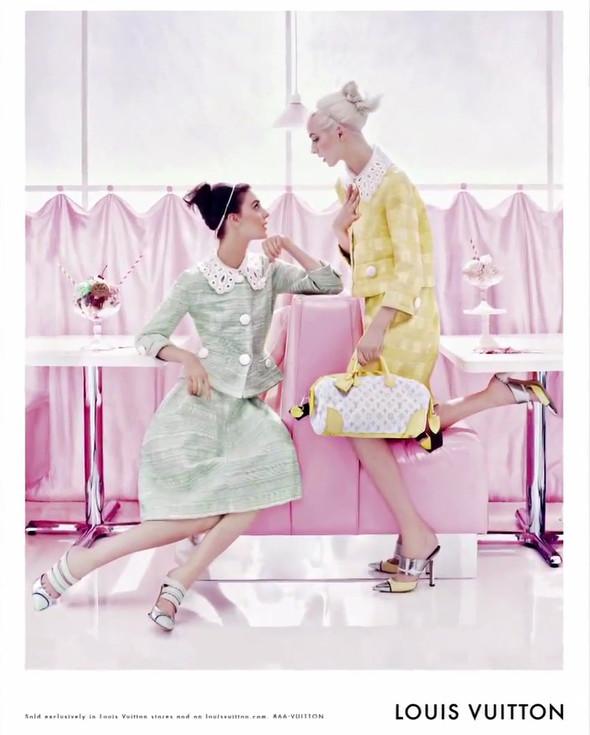 Кампания: Louis Vuitton SS 2012. Изображение № 8.