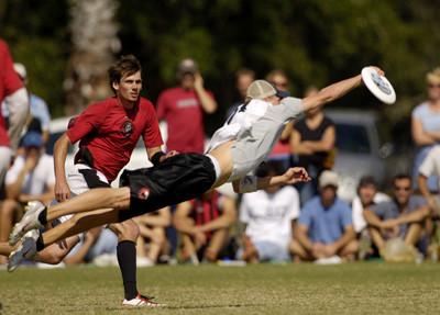 Летающие тарелки? (Ultimate Frisbee). Изображение № 6.