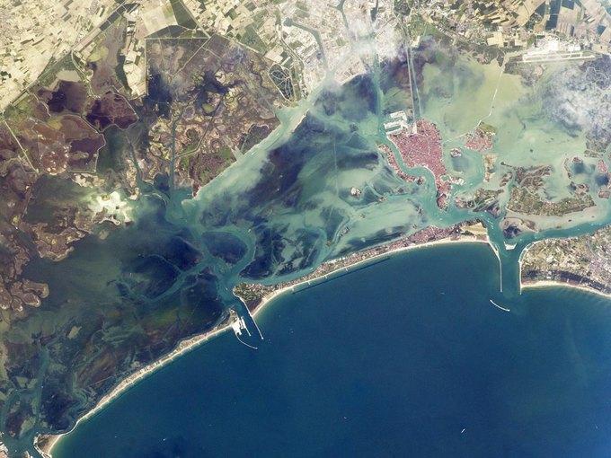 Венецианский залив. Фото астронавтов МКС. Изображение № 12.