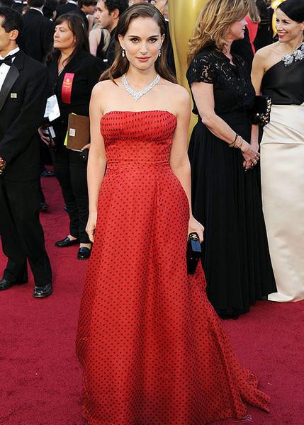 «Оскар»-2012: Красная дорожка. Изображение № 15.