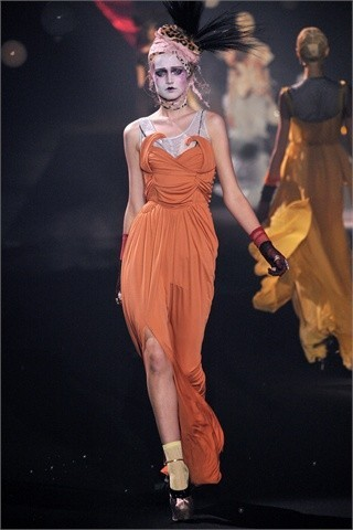 John Galliano Spring-Summer 2010. Изображение № 2.