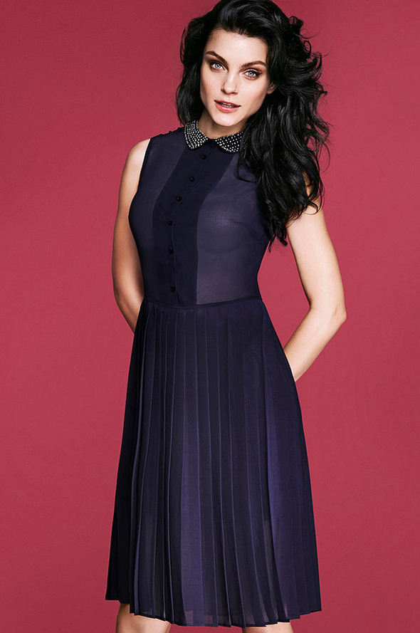 Лукбуки: H&M, Zara, Urban Outfitters и другие. Изображение №64.