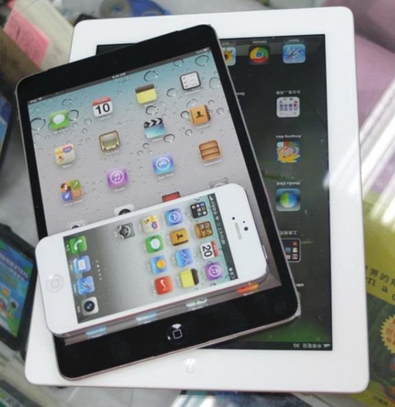 Первые фото нового iPad взорвали интернет. Изображение № 1.