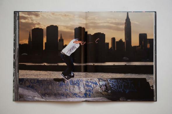 10 альбомов о скейтерах. Изображение №86.