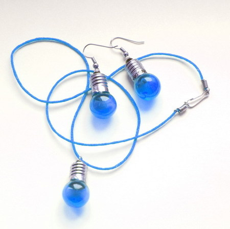 Потрясающие сережки-лампочки отTWoo. Изображение № 7.