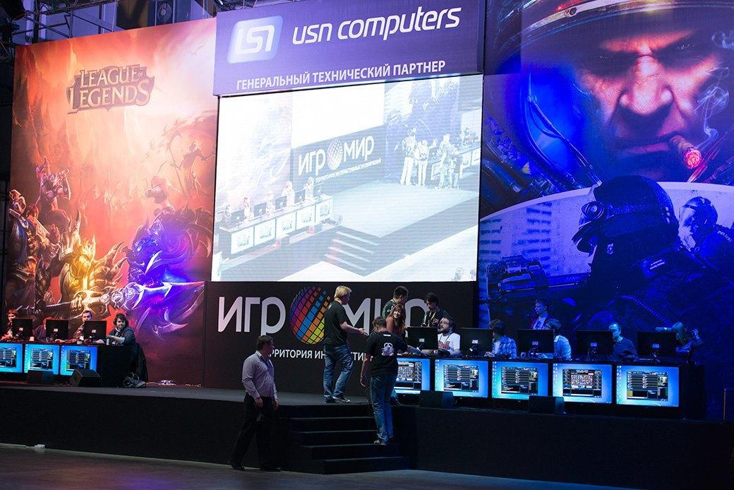 Косплей, киберспортсмены, PS4 и Xbox One на выставке «ИгроМир-2013». Изображение № 9.