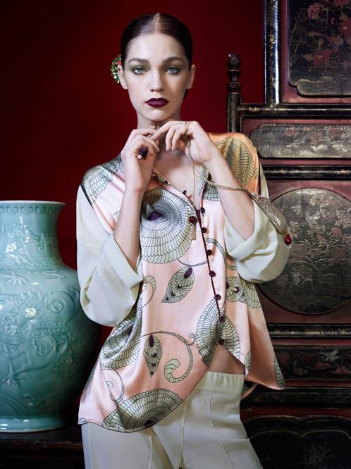 Лукбук осенне-зимней кампании бренда нижнего белья La Perla. Изображение № 6.
