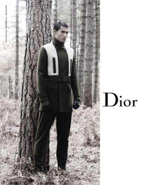 Кампании: Louis Vuitton, Tom Ford, Alexander McQueen и другие. Изображение № 26.