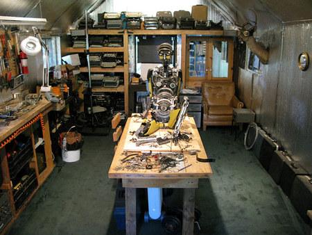 Джереми Майер- скульптуры изпишущих машинок. Изображение № 7.