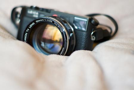 "«Фотографии собъективом Canon 50mm f0. 95 ""Dream Lens"". Изображение № 1."