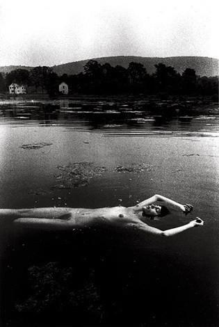 Части тела: Обнаженные женщины на фотографиях 50-60х годов. Изображение № 2.