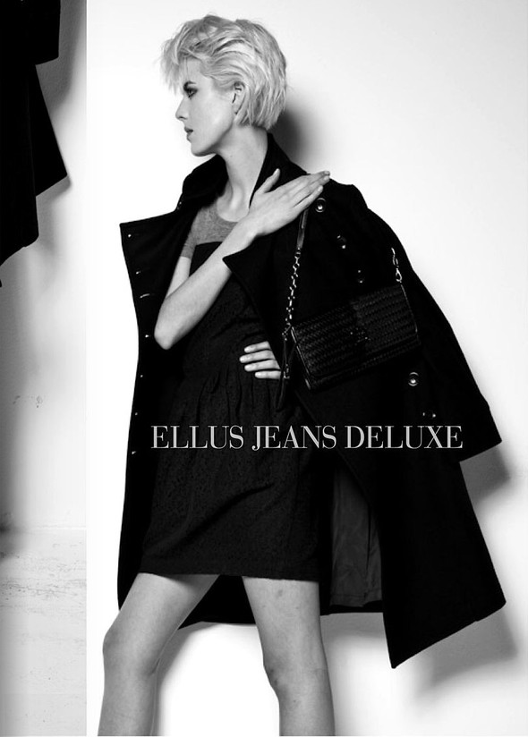 Ellus Jeans Deluxe FallWinter 2009. Изображение № 15.