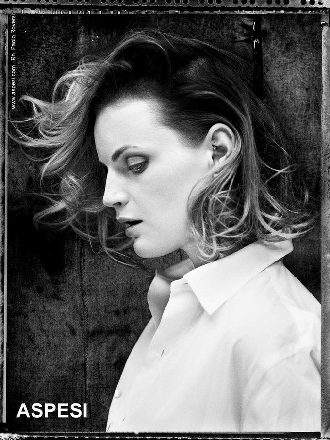 Вышли новые кампании Acne, Dior и Prada. Изображение № 15.