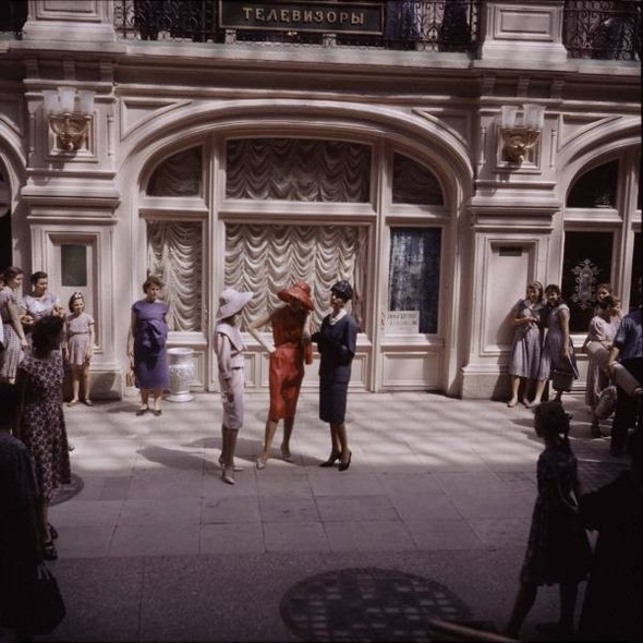 Dior in Moscow, 1959 год. Изображение № 5.