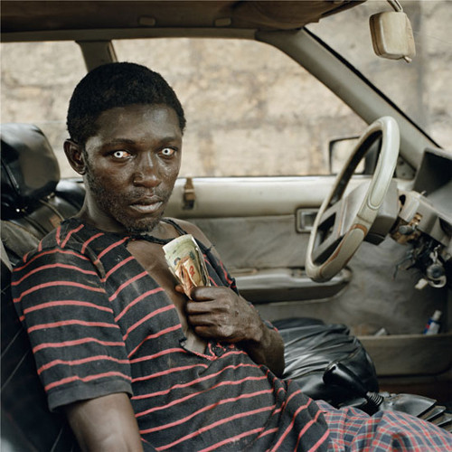 10 серий документальных фотопортретов. Изображение № 103.