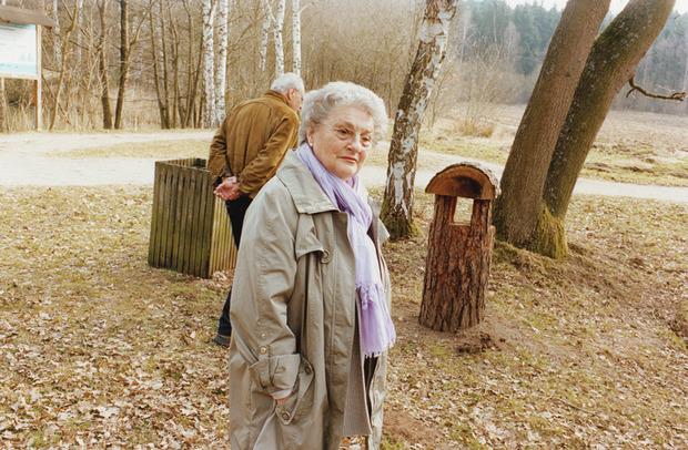 Юрген Теллер сфотографировал свою маму. Изображение № 6.