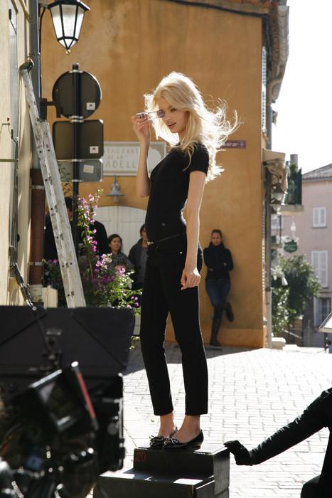 Дафна Гроенвельд для Dior Addict Fragrance. Изображение № 4.