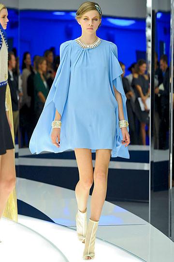 Модный дайджест: Джеймс Франко для Gucci, сари Hermes, сингл Burberry. Изображение № 8.