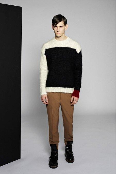 Marni и Marc Jacobs выпустили новые лукбуки. Изображение № 20.