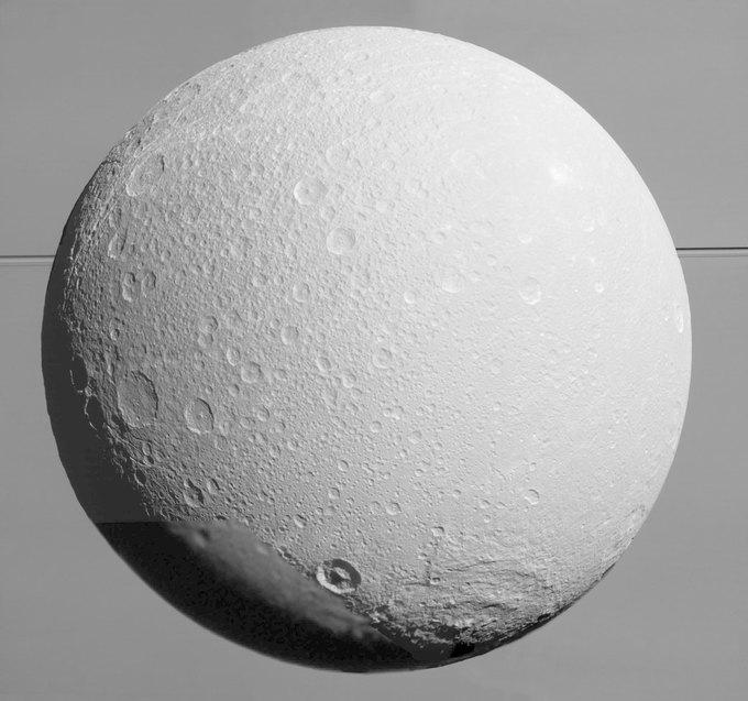 Фото дня: последние снимки спутника Сатурна от Cassini. Изображение № 4.