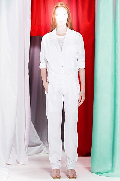 A.P.C., Chanel, MM6, Mother of Pearl, Paule Ka и Yang Li выпустили новые лукбуки. Изображение № 54.