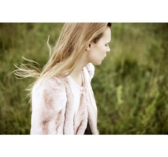 Женские лукбуки: Lauren Moffatt, Zara TRF и Urban Outfitters. Изображение № 20.