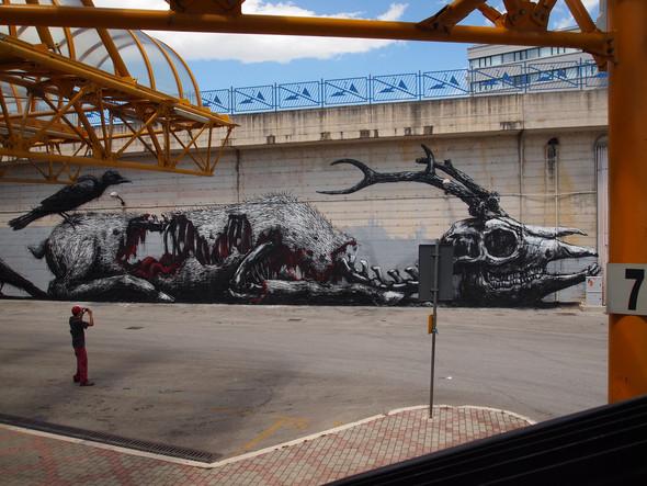 Животный стрит-арт от бельгийского граффитчика ROA. Изображение № 4.