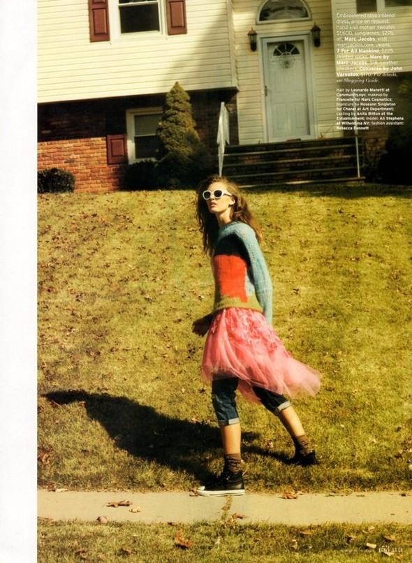 Съёмка: Али Стивенс для Elle. Изображение № 12.