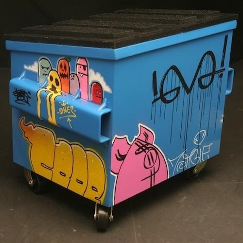 Настольные граффити-контейнеры для цветов и всякой всячины. Изображение № 11.