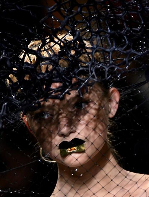 Дело в шляпе: 10 известных шляпников. Изображение № 12.