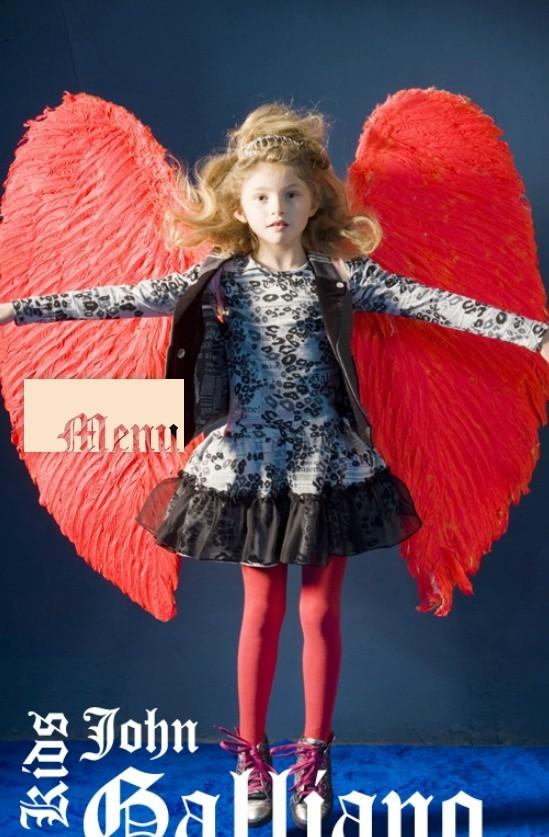 Все лучшее детям: лукбуки D&G, Gucci, John Galliano, Burberry. Изображение № 29.